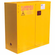 "Global Industrial™ Flammable Cabinet, 28 Gallon Manual Close Double Door, 34""W x 18""D x 44""H"