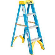 Werner 4' Fiberglass Step Ladder w/ Plastic Tool Tray - 6004