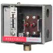 Honeywell Pressuretrol® Limit Controller L4079B1033, Manual Reset, 2-15 PSI, 14-1 KG/CM²