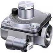"Maxitrol 3/8"" Poppet Type Regulator RV20L-3/8, Up To 65,000 BTU"