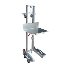 Vestil Aluminum Lite Load Lift ALLW-2420-4SFL - Winch Operation