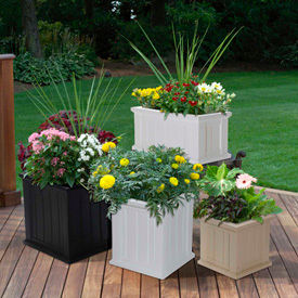 Plastic & Resin Planters