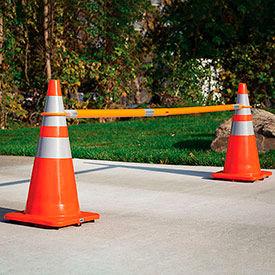 Global Industrial™ Retractable Cone Bars
