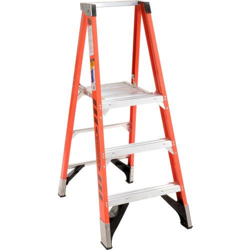 Brilliant Ladders Fiberglass Step Ladders Werner 3 Fiberglass Machost Co Dining Chair Design Ideas Machostcouk