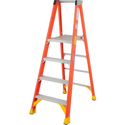 Werner 4' Fiberglass Platform Step Ladder 300 lb. Cap - P6204