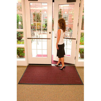 "WaterHog® Eco Elite Classic Border Entrance Mat 3/8"" Thick 4' x 10' Maroon"