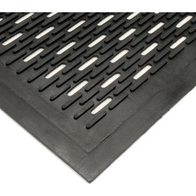 "Wearwell® Upfront Scraper Mat Slotted 5/16"" Thick 3' x 60' Black"