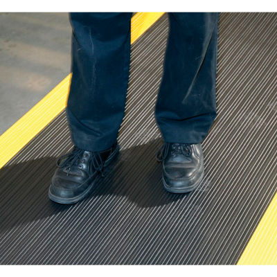 """NoTrax® Achilles™ Surface Mat 5/8"""" Thick 3' x 12' Black/Yellow Border"""