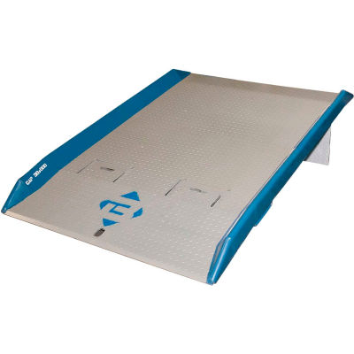 Bluff® 15TFL7260 Steel Dock Board with Steel Curbs 72 x 60 15,000 Lb. Cap.