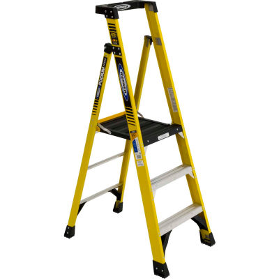 Werner 3' Type 1AA Fiberglass Podium Ladder - PD7303