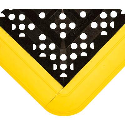 "Wearwell® F.I.T.™ Kit Open Grid 5/8"" Thick 2.25' x 4.5' Black w/Yellow Edging"