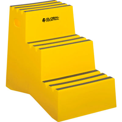 """Global Industrial™ 3 Step Plastic Step Stand - 20""""W x 28-1/2""""D x 33-1/2""""H, Yellow"""