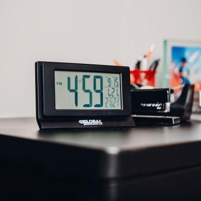 Global Industrial™ Digital Alarm Clock with Indoor Temperature and Humidity Display