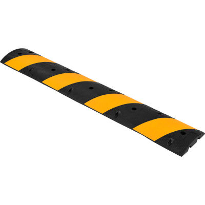"""Global Industrial™ Portable Rubber Speed Bump, 72""""L, Black W/ Yellow Stripes"""