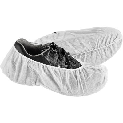Global Industrial™ Standard Disposable Shoe Covers, Size 6-11, White, 150 Pairs/Case