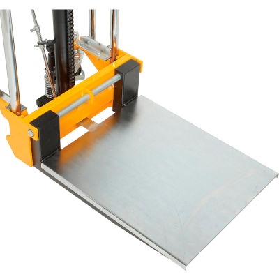 Global Industrial™ Optional Platform For Manual Lift Stackers