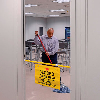 Rubbermaid® 9S16 Site Safety Hanging Sign - Pkg Qty 6