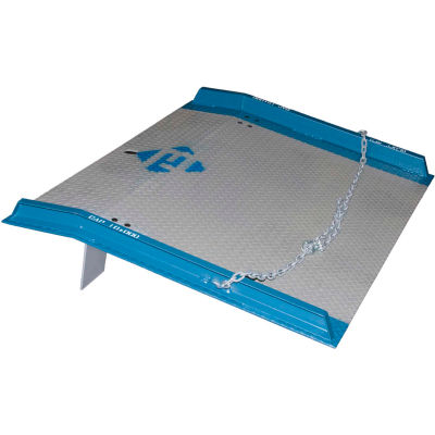 Bluff® 10SC6072 Steel Dock Board with Steel Curbs 60 x 72 10,000 Lb. Cap.