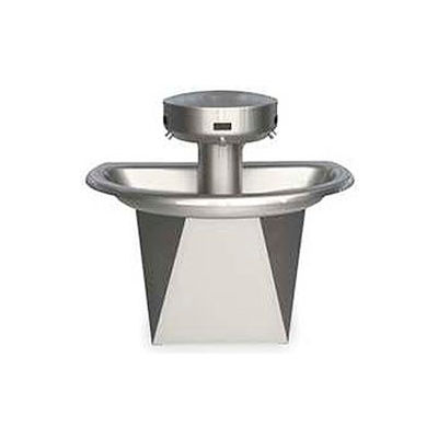 Bradley Corp® Wash Fountain, Semi-Cicular, 110/24 VAC, Series SN202, 3 Person