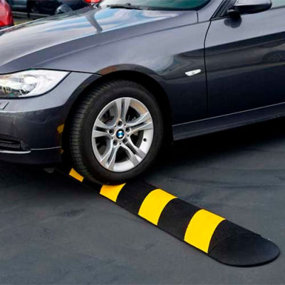 """GNR® Easy Rider® Yellow-Striped Parking Lot Speed Bump - 48""""L"""