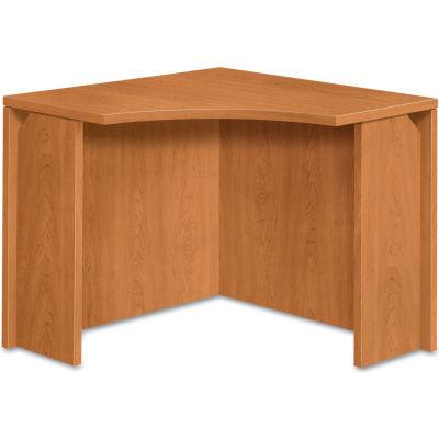 "HON® Curved Corner Workstation - 36""W x 36""D x 29-1/2""H - Harvest - 10500 Series"