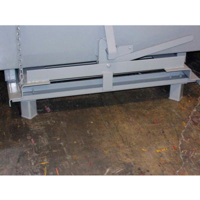Pallet Truck Lifting Legs for Global Industrial™ Self-Dumping Hoppers - Gray
