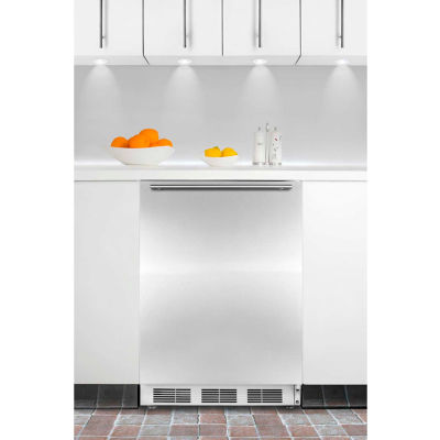 Summit CT66JBISSHHADA ADA Comp Built In Refrigerator-Freezer 5.1 Cu. Ft. White/Stainless Steel