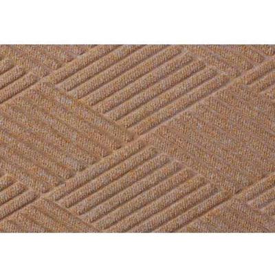"WaterHog® Diamond Mat Fashion Border 3/8"" Thick 4' x 12' Medium Brown"