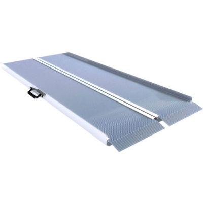 EZ-ACCESS® Traverse™ Folding Ramp Traverse SF08 - 30-1/4 x 96-3/16 1000 Lb. Capacity