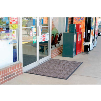 "WaterHog® Diamondcord Entrance Mat 3/8"" Thick 3' x 5' Brown"